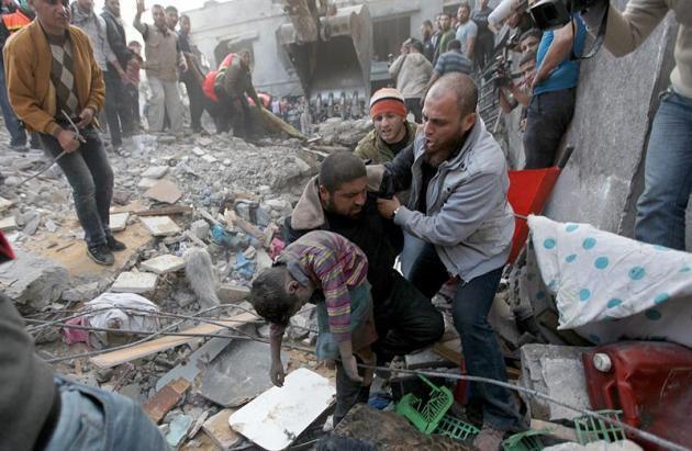 Bombardeos indiscriminados de Israel en Gaza causan centenares de muertos y heridos | Socialismo21